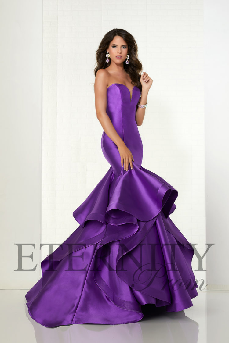 Eternity Prom appeals to girls looking for red carpet glamour.